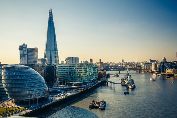 London mayor launches smart roadmap