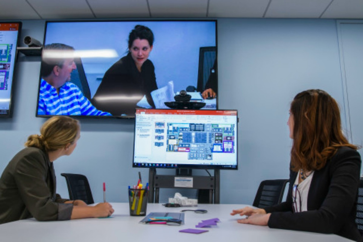 Accenture opens digital hub in chicago smart cities world for Innovation consulting firms chicago
