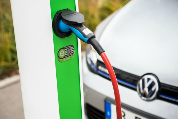 There are around 40,000 Hubject charge points across three continents