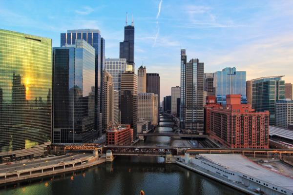 Chicago strengthens EV charging measures for new buildings