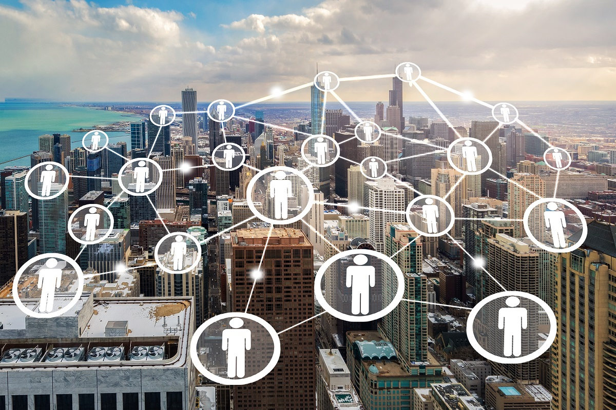 Smart cities at the edge: deploying decentralised success