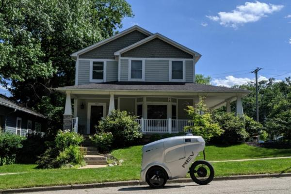 Robotic last-mile delivery service rolls out