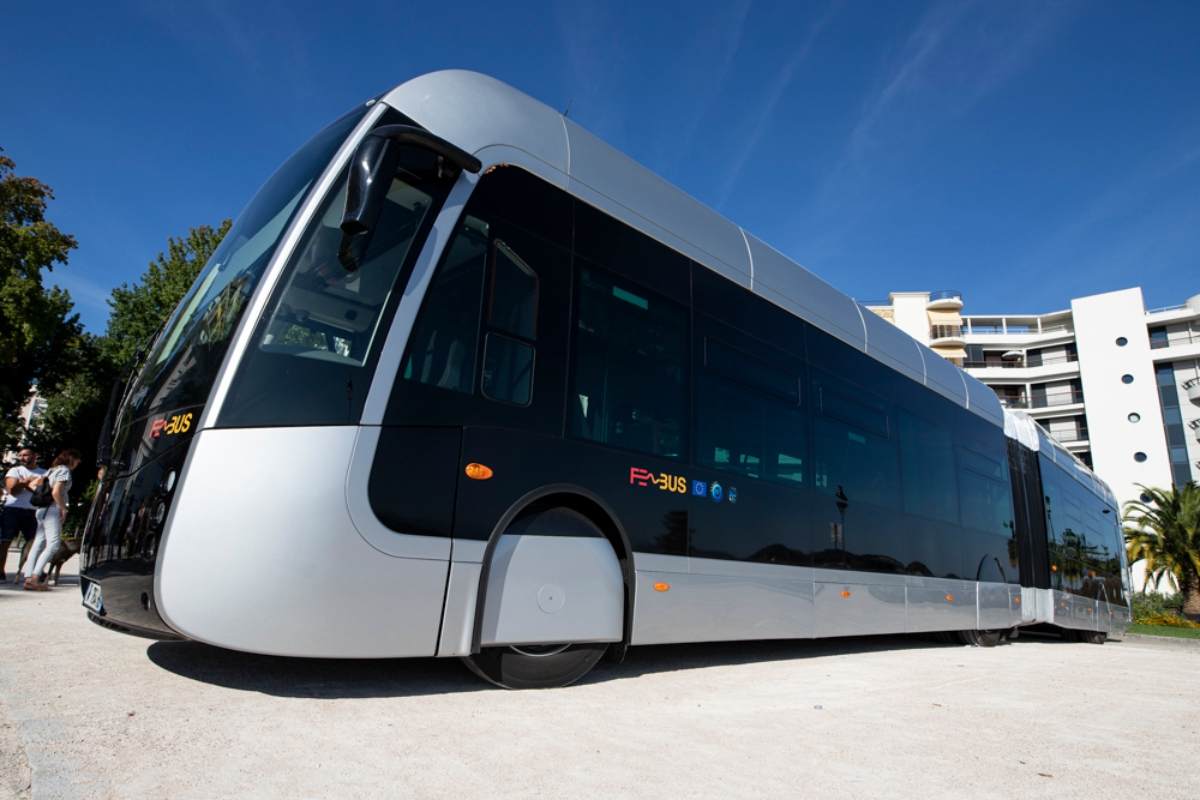 The hydrogen bus will operate in the French city of Pau. Picture copyright: Cyril Garrabos