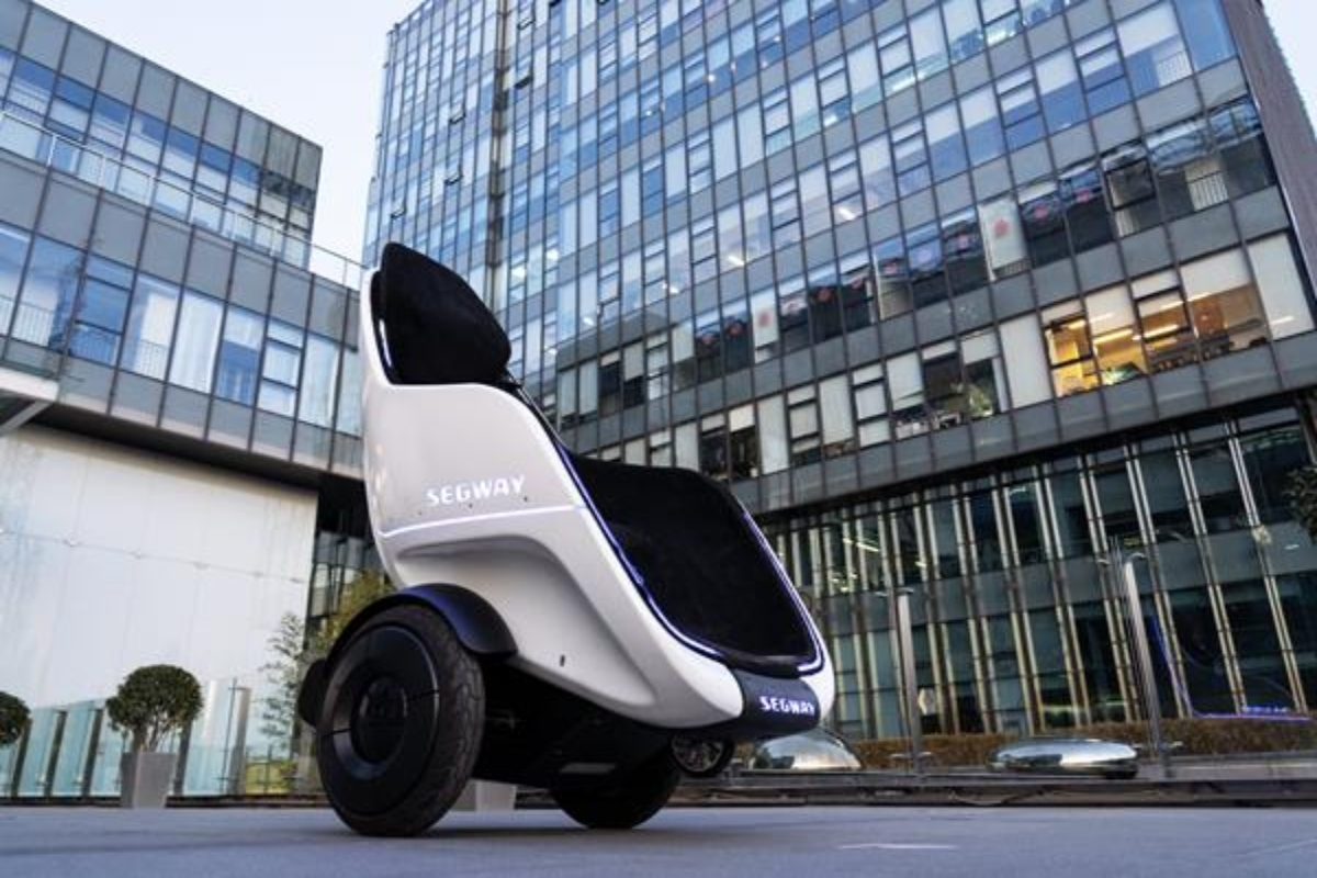 Segway S-Pod is aimed at enclosed campuses such as airports, theme parks and malls