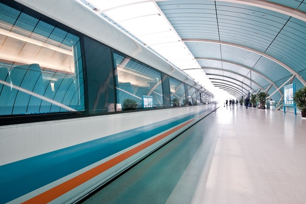 China Telecom and ZTE test 5G on Shanghai's maglev train