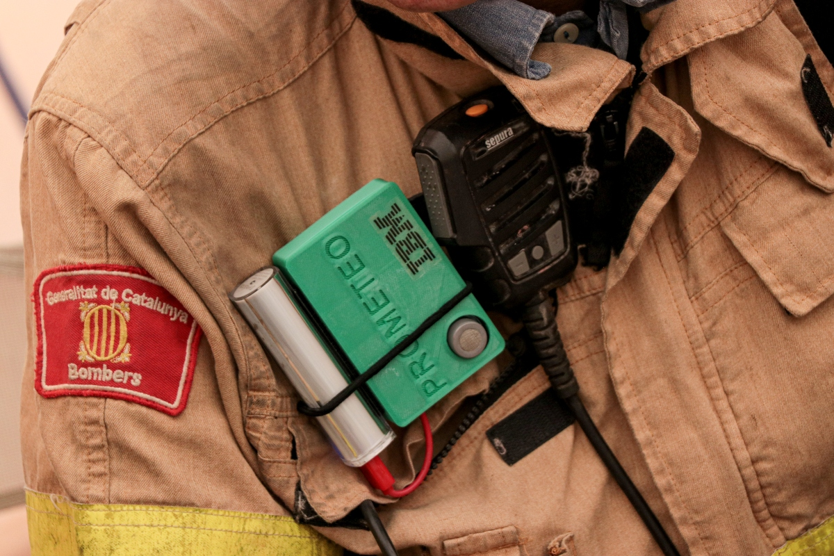 Prometeo's wearable device that helps to monitor firefighter safety