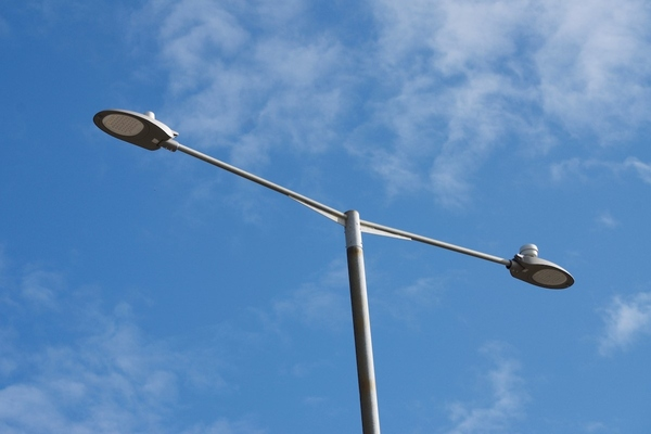 UK council smart lighting pilot monitors air quality and footfall