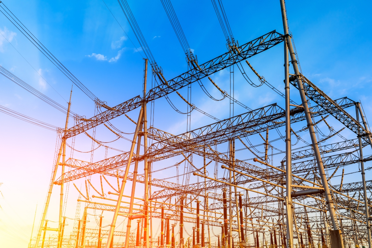 Reports on the substation activity are immediately available for energy grid managers