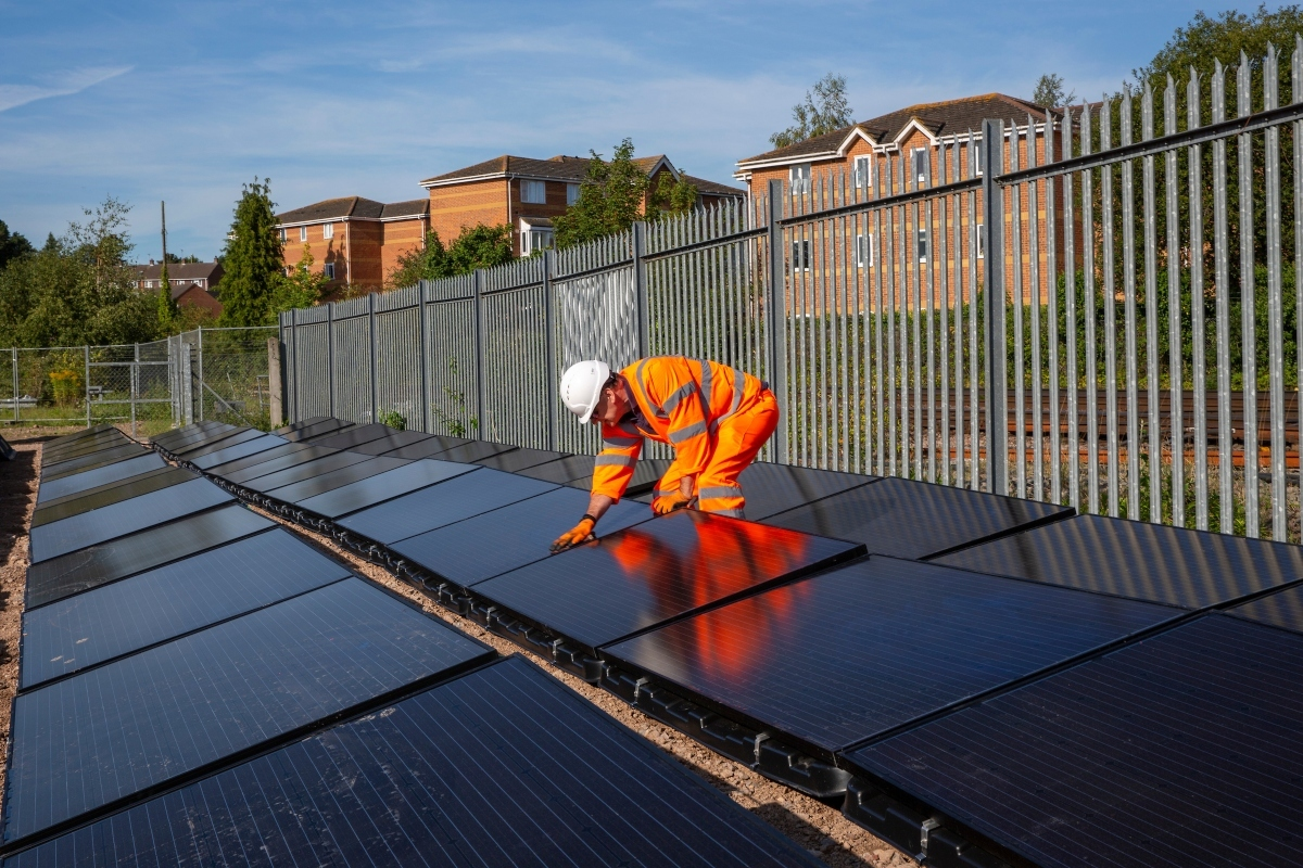 The solar array in the demonstrator project in Aldershot. © Andy Aitchison/Riding Sunbeams