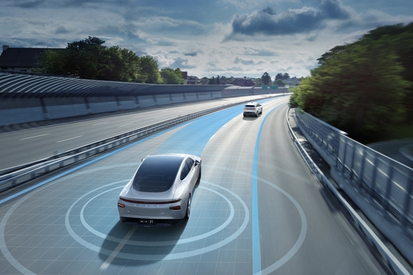 Smart EV company adds surrounding reality for navigation-assisted autonomous driving