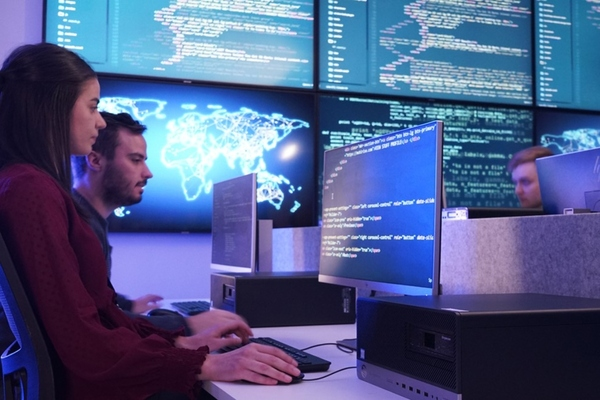The Canberra Cyber Hub aims to build the city's cyber capabilities through education