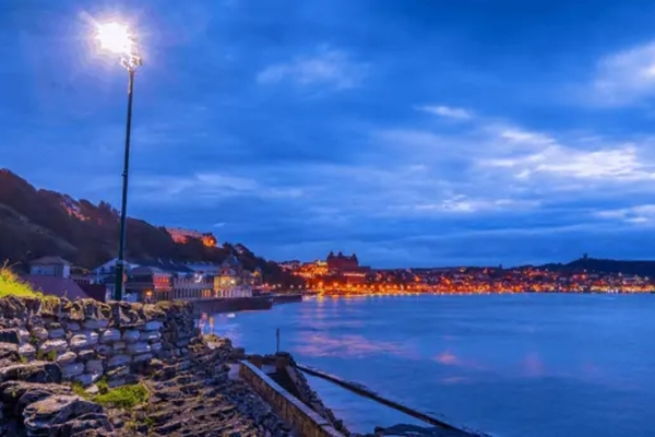 US town of Scarborough switches to cloud-based smart lighting controller