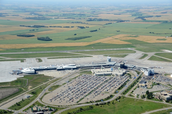 Edmonton airport partners for on-demand transport services