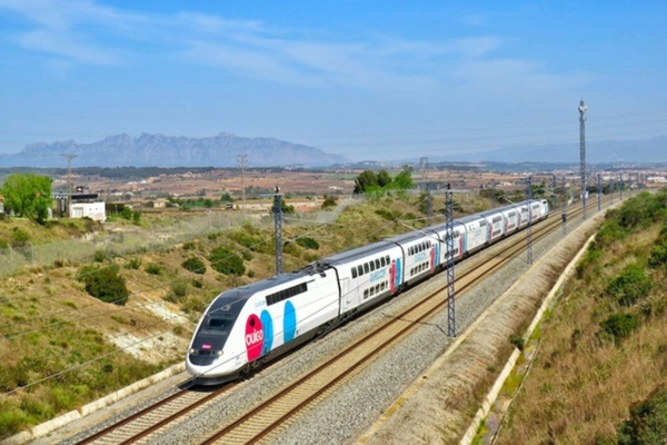 Spanish railway operator introduces connected portal on trains